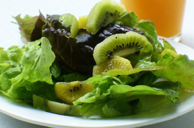kiwi-salad